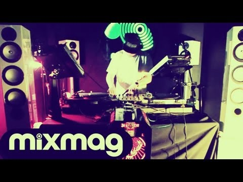 Julio Bashmore, Mosca & Mistajam DJ sets in Mixmag's Lab