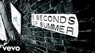 Download Lagu 5 Seconds of Summer - She Looks So Perfect (Lyric Video) Gratis STAFABAND