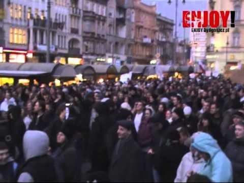 Manifestacja Przeciw ACTA Bydgoszcz - Marsz W Bydgoszczy Z Placu Wolności