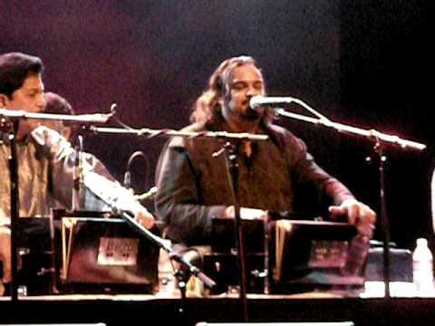 Amjad Sabri Live - Dai Halima Goad Mein Teri