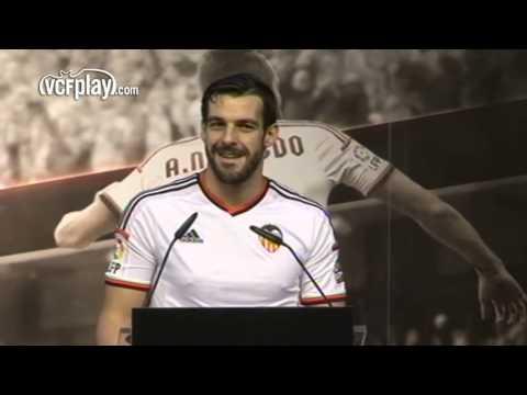 Valencia CF: Highlights presentación Álvaro Negredo
