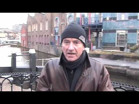 Hugh Cornwell at Camden lock Video
