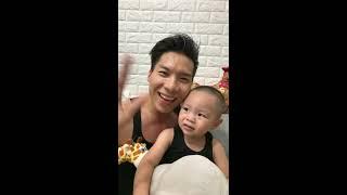 Livestreams tập luyện hai cha con Quốc Nghiệp Hùng Tâm tập luyện tại nhà
