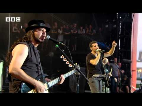 System Of A Down - Radio/Video (Live @ Reading Festival, 2013)