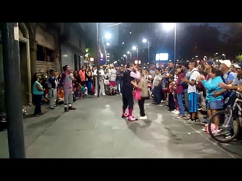 LOS MEJORES PAYASOS CALLEJEROS!!! HUMOR MEXICANO!!