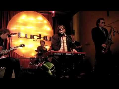 Nakia And The Blues Grifters - Raise Your Hand - Lucky Lounge