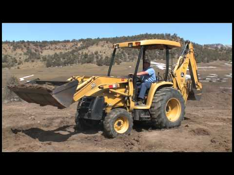 Target Rental. Durango - John Deere 110 TLB