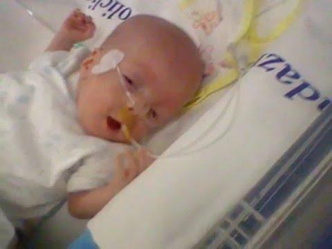 bimbo nato a 5 mesi di gravidanza col peso di 400 gr