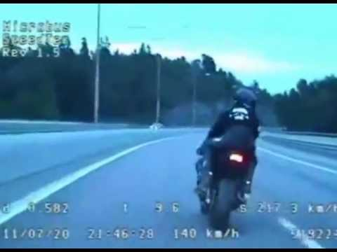 Police Chase Motorbike at Over 245 kph in Sweden