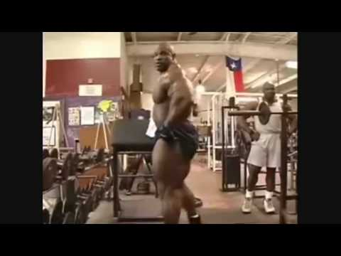 Ronnie Coleman - light weight, ain't nothin but a peanut