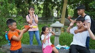 Trò Chơi Giải Cứu Cô Em Gái Nhỏ - Dạy Trẻ Biết Nghe Lời - MN Toys Family Vlogs