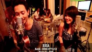 KIS Sabar feat Tiari Bintang Official Video