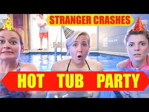interactive hot tub girl № 21581