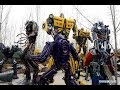Nông dân Trung Quốc chế tạo Robot từ phế liệu xe hơi