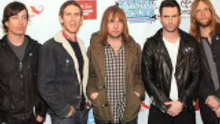 Watch Maroon 5 Simple Kind Of Lovely video