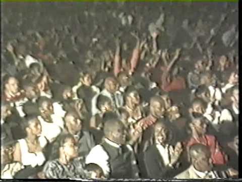 Wenge Musica 4x4 Start of Concert, Abidjan, Ivory Coast 1997
