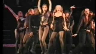 CHICAGO - THE MUSICAL - UTE LEMPER sings ALL THAT JAZZ