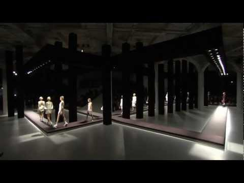 PRADA SPRING/SUMMER 2013 WOMENSWEAR SHOW