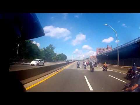 Brutal atropello a motociclista genera impresionante persecución