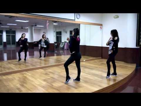 開始線上練舞:癡情玫瑰花(Asterling Liu版)-玖壹壹 | 最新上架MV舞蹈影片