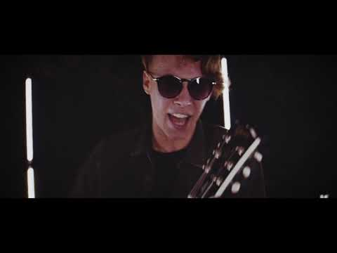TooFar - Mindenki Helyett (Official Video)