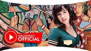 Download Lagu Uut Selly - Cinta Sepabrik - Official Music Video - NAGASWARA Gratis STAFABAND