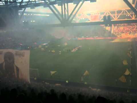 Vitesse - PSV, de Opkomst ! Fakkels waren weer schitterend !
