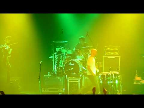 "Moby ""feeling so real"" live AB Brussels 08.09.2009"