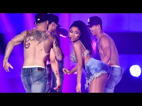 Cbs Cuts Nicki Minaj's Sexy anaconda Performance video