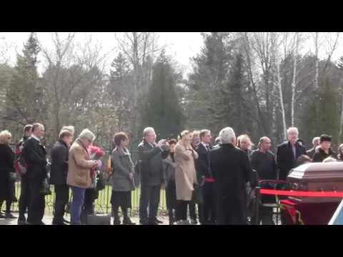 Похороны Евгения Евтушенко в Переделкино. Лития.