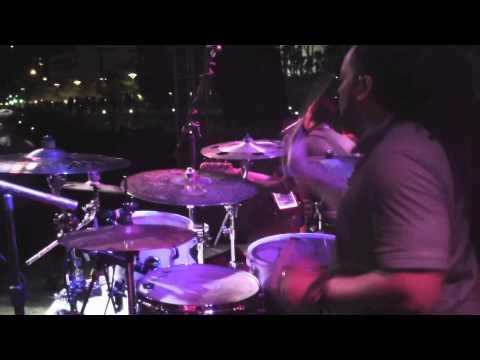 Bruno Mars - Treasure (cover) live thumbnail