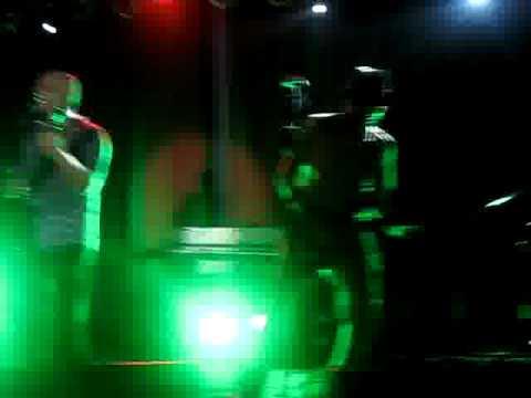 Ali Azmat-Na Re Na Live  Karachi 2010 HQ
