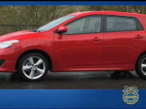Toyota Matrix Review - Kelley Blue Book