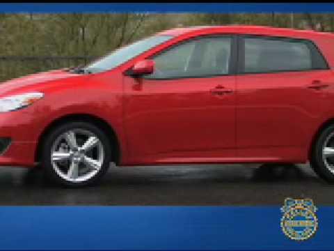 Toyota Matrix Review - Kelley Blue Book