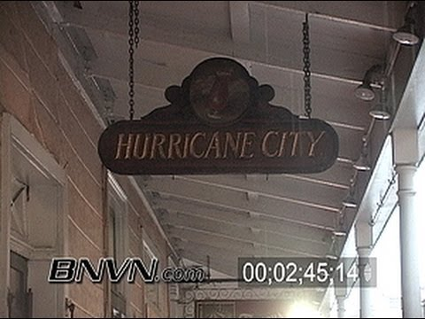 8/28/2005 The start of Hurricane Katrina making landfall in New Orleans, LA video - Raw Master 07