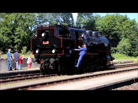 Parní vlak u p�íležitosti 145 let železnice Havlí�kův Brod - Chot�bo�- Rosice nad Labem. Parní lokomotiva Skali�ák 433.001 a vozy Rybák.