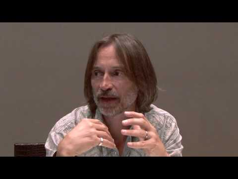 Interview With Robert Carlyle Of Stargate Universe At Comic Con