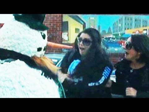 Kiss the Fake snowman Funny Prank