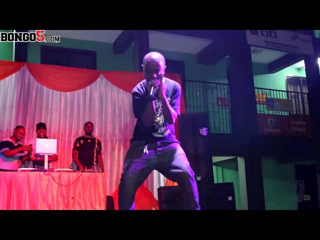 Soggy Doggy akiwakumbusha mashabiki zile ngoma zake katika Uzinduzi wa Video za Proser Jay