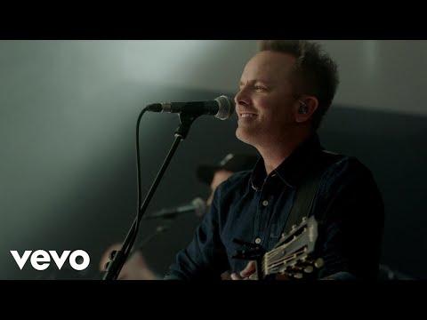 Download Chris Tomlin - Is He Worthy? (Live) Mp4 baru