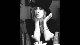 Watch Stevie Nicks Rose Garden video