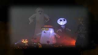 Max's Cool Ghost Inflatables Halloween Spook Alley Video!