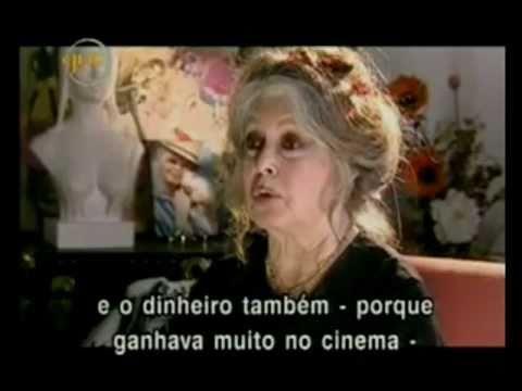 Brigitte Bardot - Referencial de Beleza e Sensibilidade