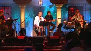 LUIS EDUARDO AUTE - SLOWLY (HUMO Y AZAR)