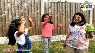 Bubble Machine Toys for Kids Baby Sisters Play with Bubble Frog Playtime Fun Activity for Children