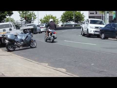 Honda CB1100 PIPEMASTERS 4 into4 Exhaust.MOV