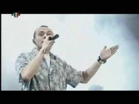 VIDEOCLIP 883 Hanno Ucciso LUomo Ragno Live Milano
