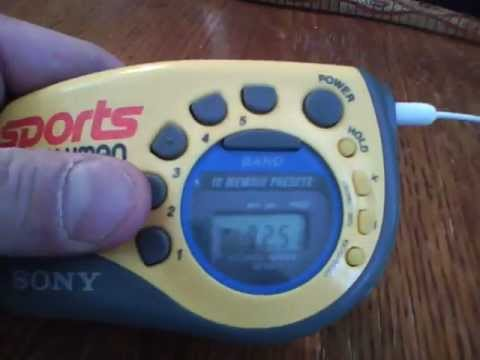 Sony Sports Walkman Armband Radio AM:FM Tuner