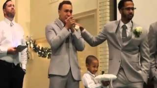 Groom Has A Priceless Reaction When Seeing His Bride Walk Down The Aisle!