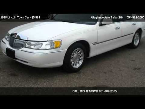 1998 Lincoln Town Car Signature – for sale in Forest Lake, MN 55025